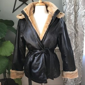 Jackets & Blazers - Vintage faux shearling lined Leather Jacket
